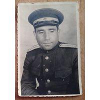 Фото капитана. 1945 г. Германия. 9.5х14.5 см
