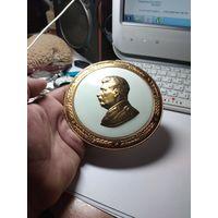 С 1 рубля. Барельеф настенный Сталин. Монетный двор. Автор Соколов тираж 50000шт