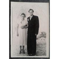 Свадебное фото. 1940-е. 9х13 см.