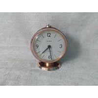 Часы будильник Слава SLAVA в работу 4