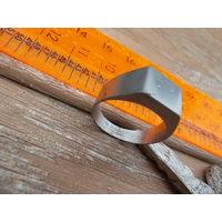Перстень, мужской, металл-нерж., размер-19мм.