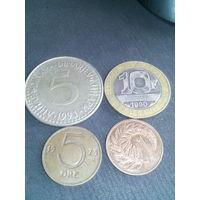 Монеты  12