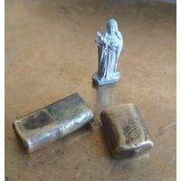 Миниатюрная фигура статуэтка Св. Тереза оберег для военных металлический + бронзовый футляр
