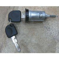 Opel Omega Vectra B сердцевина замка зажигания + 2 ключа