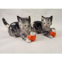 Статуэтки фарфоровые Котята с мячами. Германия