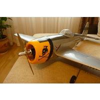 """Авиамодель-полукопия, """" Thunderbolt"""" , P-47"""