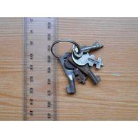 Старые ключи от шкатулок. Цена за все