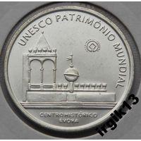 Португалия 5 евро 2004 года  ЮНЕСКО, город Эвора