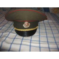 Фуражка офицера (плакированный козырек) торг р-р 54