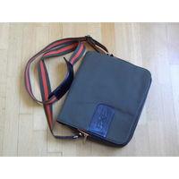 """Классная фирменная сумка """"EXE"""" для планшета (размером до 11"""")"""