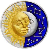 """RARE Ниуэ 5 доллара 2017г. """"Небесные тела: Солнце/Луна"""". Монета в капсуле; деревянном подарочном футляре; номер монеты на гурте; сертификат; коробка. СЕРЕБРО 62,20гр.(2 oz)."""