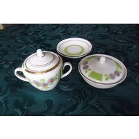 Посуда из чайного комплекта. Фарфор Полонное