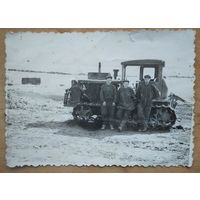 Трактористы. Фото 1960-х. 9х14 см