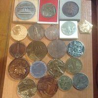 20 настольных медалей одним лотом.