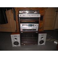 Комплект:Вега-усилитель,м агнитофон-приставка,элект рофон-стерео-unitra с колонками 15 АС 109.1988 г.