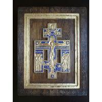 Крест - распятие позолоченный с эмалью