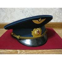 Парадная фуражка офицера ВВС СССР-(56 размер)