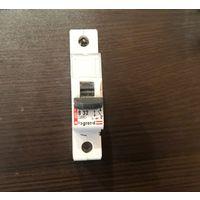 Автоматический выключатель Legrand 32A
