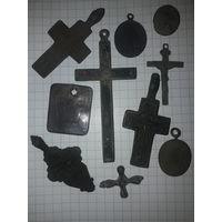 Крестики и медальоны
