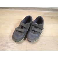 Детские кроссовки на липучках, размер 31-32