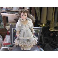 Кукла фарфоровая, 40 см.