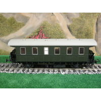 Пассажирский вагон LILIPUT. Масштаб HO-1:87.