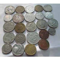 24 монеты разных стран