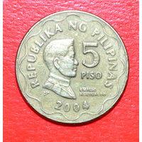 34-31 Филиппины, 5 песо 2004 г.