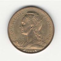 Реюньон 20 франков 1964 года. Редкая! Состояние UNC!