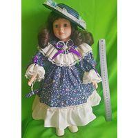 Фарфоровая кукла Беатриче, коллекционая, номерная (40 см,)