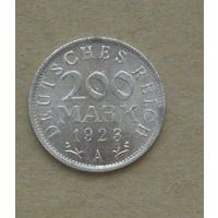 200 марок 1923 года ( А ).