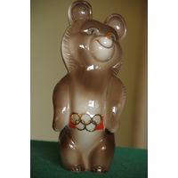 Статуэтка фарфоровая Олимпийский Мишка   БОЛЬШОЙ   20 см  целая