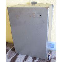 Шкаф (щиток) электрический, сейф 32 см - 23 см - 12 см