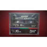 Видеокассета JVC для цифровой видеокамеры (формат Mini DV). ВОЗМОЖЕН ОБМЕН на аудиокассеты.