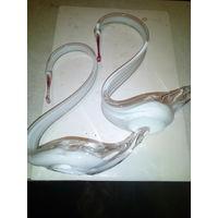 Фигурки лебедей