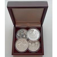Футляр на 4 монеты 20 рублей Ag 45 мм деревянный