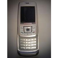 Samsung SGH-E250 (в комплекте в новыми наушниками)