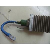 Тиристор ТС-160 на радиаторе.