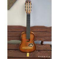 Ретро-мини гитара из СССР,для декора и ТД.75см.