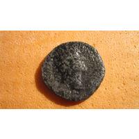 Монета Древнего Рима сестерций. Медь медный