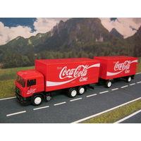 Модель грузового автомобиля MAN (COCA COLA). Масштаб НО-1:87.