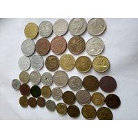 Монеты разные. 40 штук.