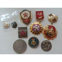 Лот значков СССР: готов к защите Родины 1 ст., отличник СА и др.+бонус 5 марок ФРГ 1976 г. G и накладка Сталин с раннего знака