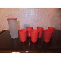 6 пластиковых рюмок в мерном стаканчике с крышкой, компактный дорожный набор. Отличное состояние.