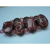Браслет винтажный в этностиле из медных литых пластин с эмалью и рубиновыми стразами.