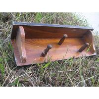 Вешалка настенная деревянная на 3 колка