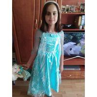 Платье  из Англии Дисней на 7-8 лет с косичкой