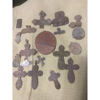 Крестики, части крестов и др.