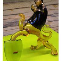 Статуэтка Лев из цветного стекла