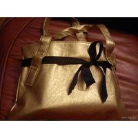 Фирменная сумочка.Швеция